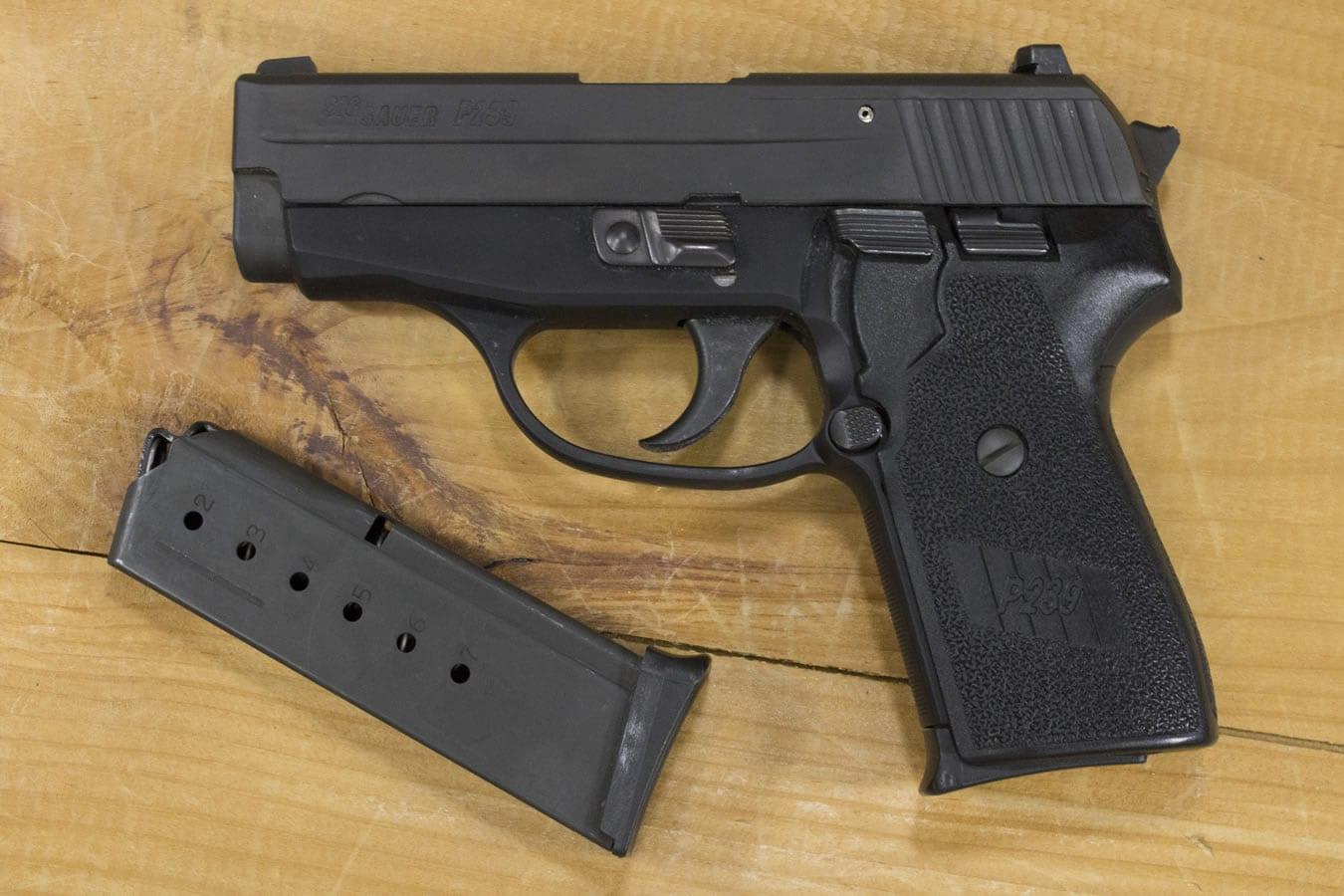 ปืนเซมิออโต้ สำหรับพกซ่อน